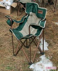 Оптимальный выбор с точки зрения баланса цена/ качество — прочный и комфортный стул с удобной спинкой и подлокотниками